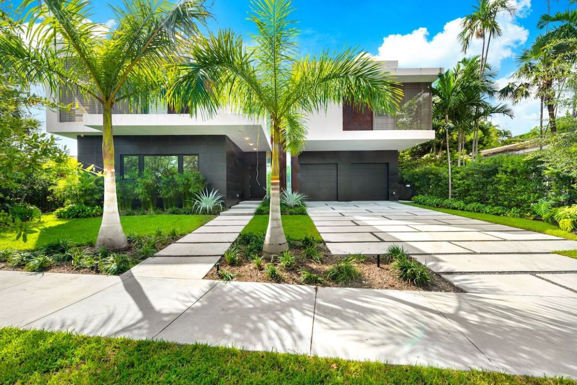 The Gallery House in Coconut Grove Could Be Yours for $5.5M