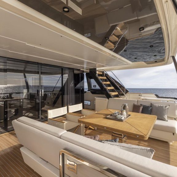 LuxExpose Ferretti_Yachts_1000_Unveiled_8