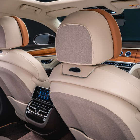 LuxExpose Bentley_Flying_Spur_Odyssean_Edition_5