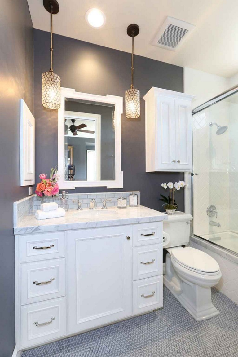 50+ Incredible Small Bathroom Remodel Ideas on Small Bathroom Remodel Ideas  id=47563