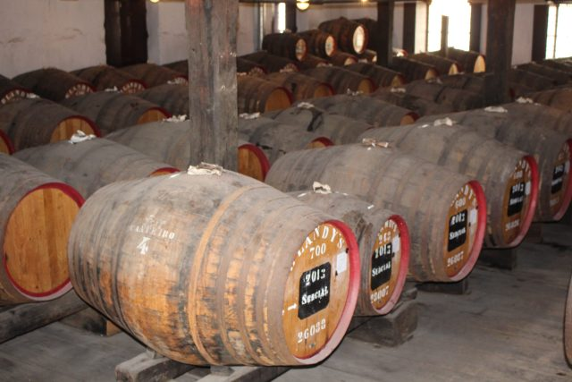 madeira wine company is a madeira wine museum in Funchal. and a madeira wine lodge. Here we can make a madeira wine tasting of madeira wine types