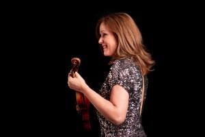 Isabella Van Keuten artist photo