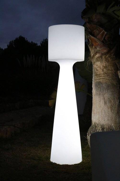 new garden grace outdoor light 4