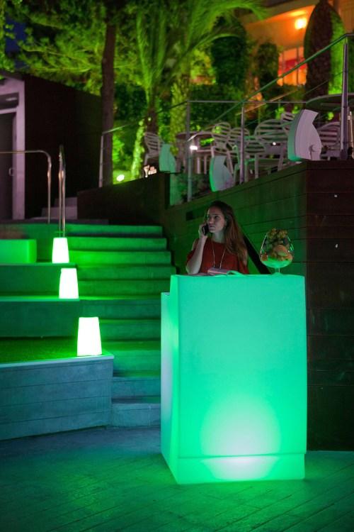 new garden nomada play speaker light 9