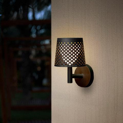 greta outdoor light 11