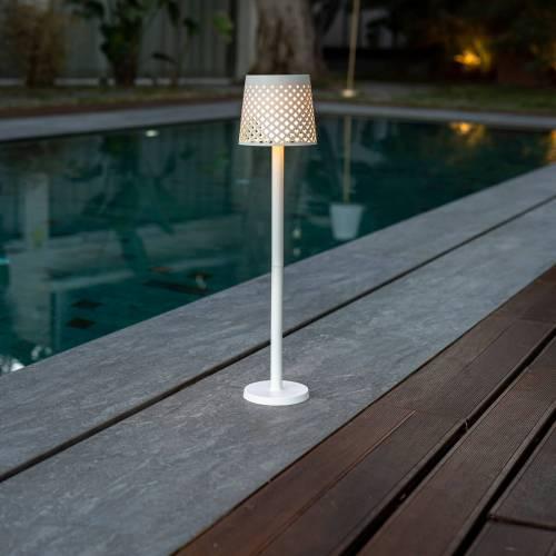 greta outdoor light 5