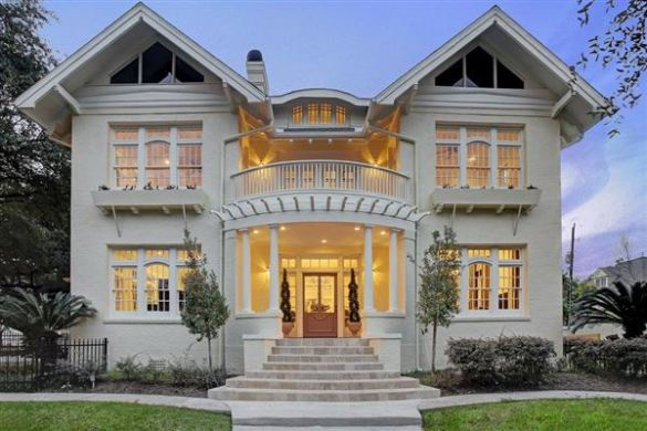 REMARKABLE RENOVATION OF A QUEEN ANNE STYLE HOME   Texas Luxury     Luxury homes for sale