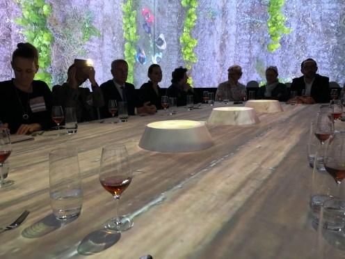Holztischoptik und Lavendelduft beim TastEmotion 2018