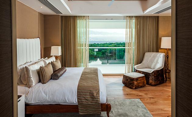 vidanta-nuevo-vallarta-accommodations-grand-luxxe-three-bedroom-loft-8