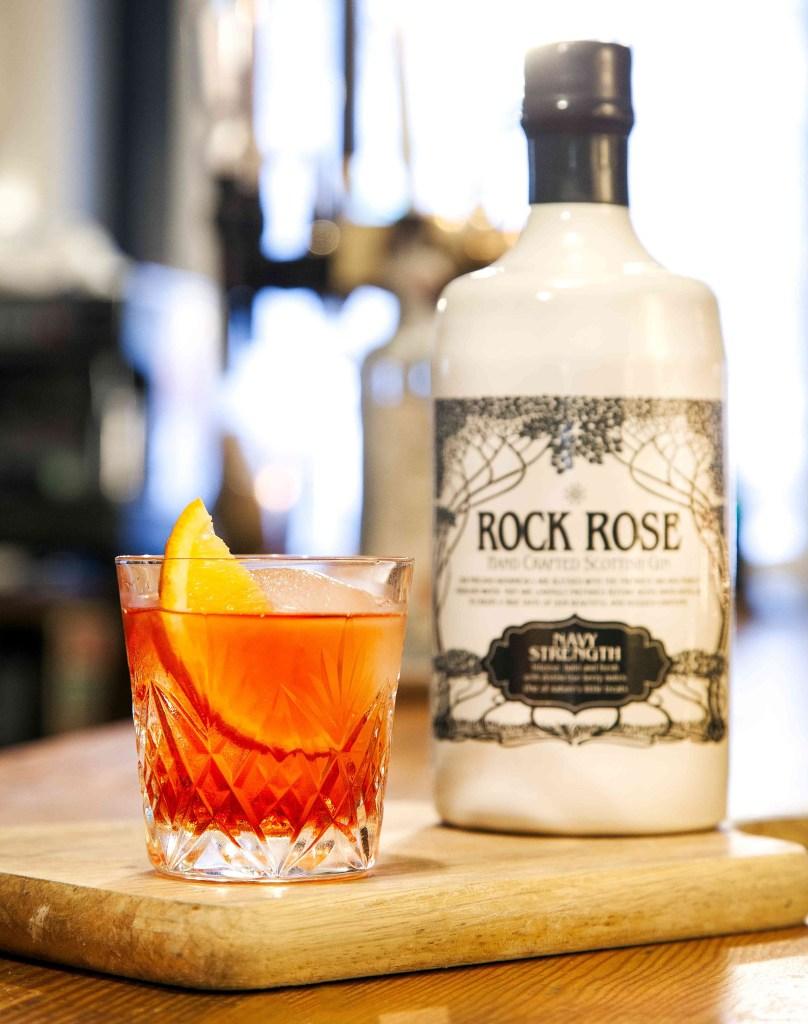 gins rock rose