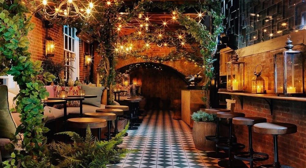mystical cocktail Bloomsbury Club Bar