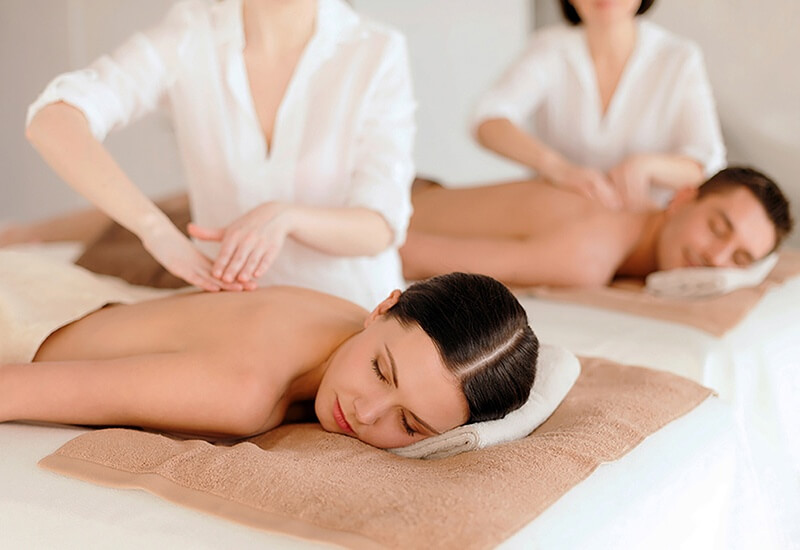 couple in SPA - Luxuria Tours & Events