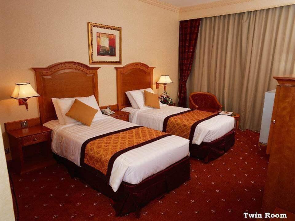 Avenue Hotel Dubai - TWN room 1 - Luxuria Tours & Events