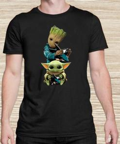 Baby Groot And Baby Yoda Hug Philadelphia Flyers Unisex