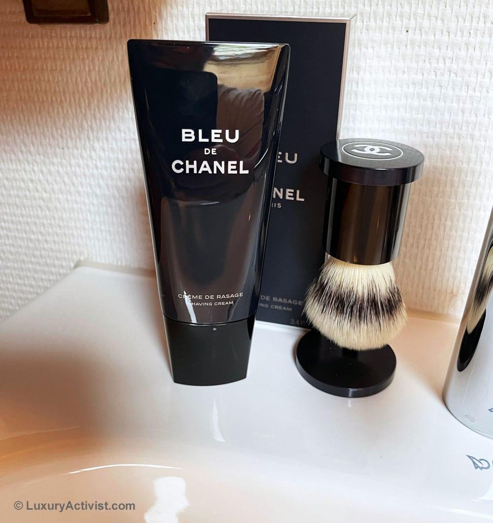 Bleu-de-Chanel-shaving-travel-kit