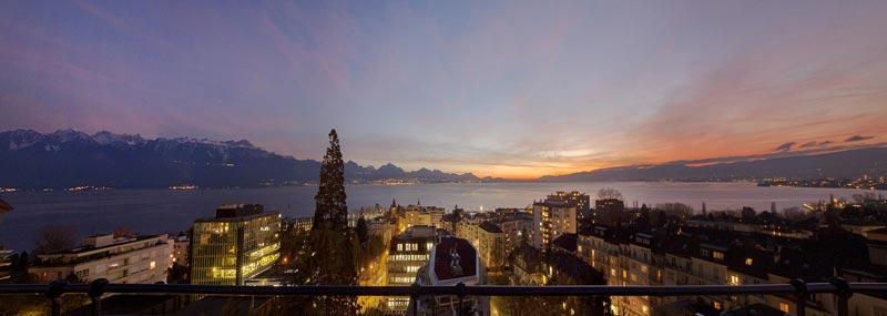 Royal-Savoy-Sky-Lounge-lake-view