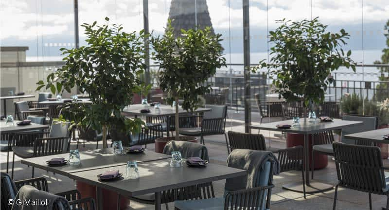 Royal-Savoy-SkyLounge-room-view