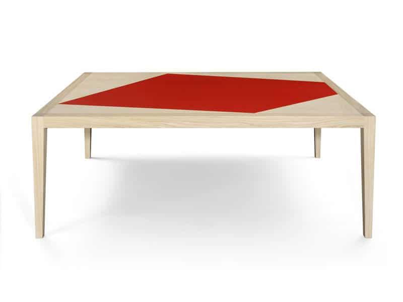 Table-Eugenie-par-Philippe-Cramer