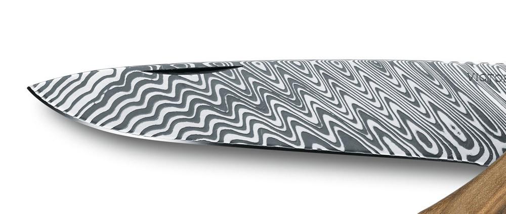 Victorinox-Rangerwood-damast-steel-limited-edition-pack
