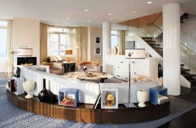 Den verdensberømte, og nu afdøde, irske designer David Collins har stået for indretningen af de 561 værelser.