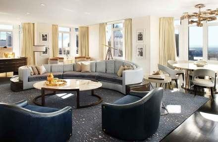 På hotellets to øverste etager er indrettet en penthouse, som koster en formule at leje, men til gengæld giver dig fornemmelsen af at bo i et privat hjem.