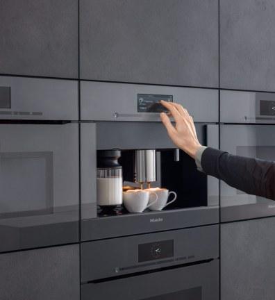 Den nye espressomaskine er yderst elegant og særdeles diskret.