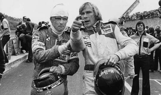 James Hunts' rival i kampen om verdensmesterskabet i 1976 var østrigeren Niki Lauda. De to racerkørere nærede dog den dybeste respekt for hinanden.