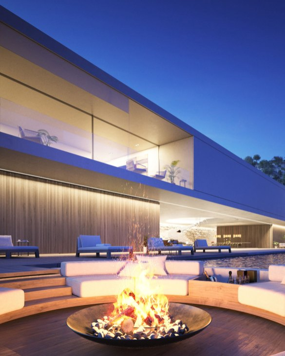 For enden af den store infinity pool ligger husets bålsted, som indbyder til afslapning og er et perfekt samlingssted, når der er gæster.