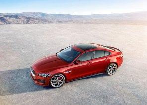 Motormæssigt spænder Jaguar XE fra en ny 163-hestes dieselmotor til en V6-kompressormotor med 340 hestekræfter. En heftig V8-model siges også at være på vej.