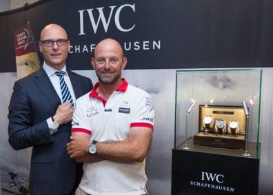 Skipper Ian Walker sammen med IWC brand manager Edwin de Vries fra Holland.