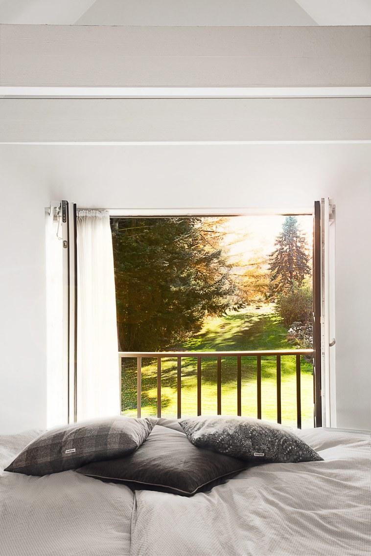 Hvem drømmer ikke om på solrige morgener at kunne slå de franske døre op til sådan en udsigt?