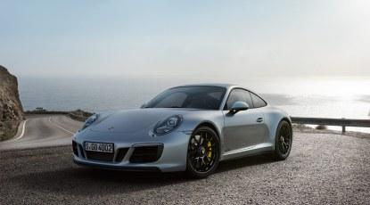 Sorte fælge og røgfarvede lygteglas kendetegner den i vores øjne mest eftertragtede Porsche 911-variant lige nu.