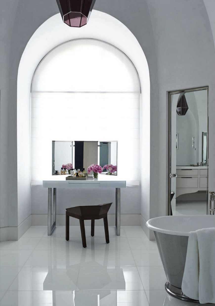 Be Amazed by These White Bathroom Design Ideas on White Bathroom Design Ideas  id=39362