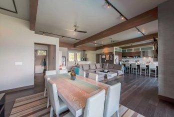 okanagan lake front concrete house airbnb 5