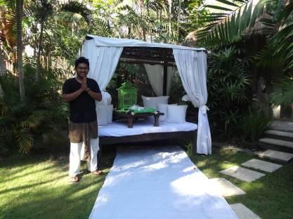 angela-asia-bali-luxury-travel-blog-best-bali-honeymoon-package-villa-mathis-romantic-seminyak-18