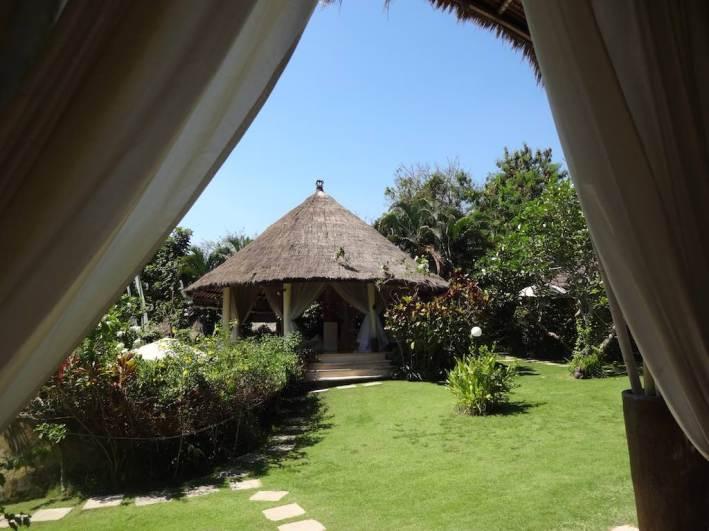 angela-asia-bali-luxury-travel-blog-best-bali-honeymoon-package-villa-mathis-romantic-seminyak-58