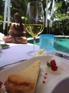 angela-asia-bali-luxury-travel-blog-best-bali-honeymoon-package-villa-mathis-romantic-seminyak-86