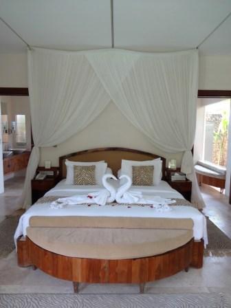 angela-asia-bali-luxury-travel-blog-best-bali-seminyak-lata-liana-villa-close-to-beach-40