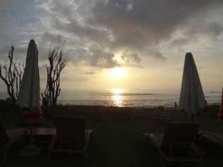best-hotel-canggu-tugu-bali-luxury-bucket-list-blog-angela-carson-6