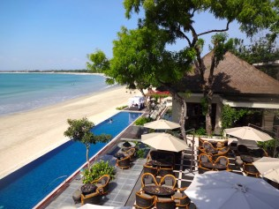 four-seasons-bali-jimbaran-best-5-star-hotel-luxury-bucket-list-travel-blog-angela-carson-47