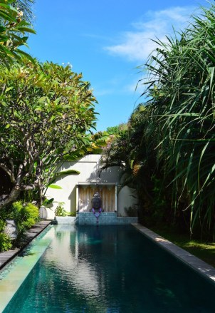 best-private-villa-groups-seminayk-luxury-3-bedroom-the-bali-agent-angela-carson-71