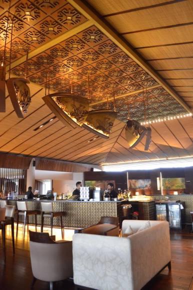 best-5-star-hotel-sheraton-kuta-beach-luxury-oceanfront-suites-video-review-28