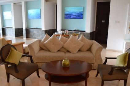 best-5-star-hotel-sheraton-kuta-beach-luxury-oceanfront-suites-video-review-37