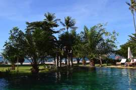 tugu-lombok-best-5-star-villa-beach-service-luxury-travel-blogger-angela-carson-22