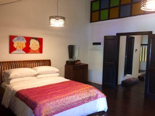 best-airbnb-3-bedroom-malacca-melaka-asia-luxury-travel-blogger-angela-carson-19