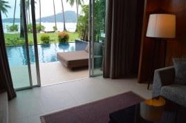crowne-plaza-phuket-panwa-beach-video-tour-review-expat-angela-asia-luxury-travel-vlogger-7