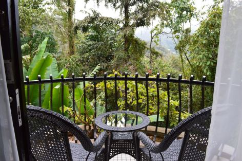 Strawberry Park Hotel Cameron Highlands Video Tour Review by Expat Angela Luxury Bucket List Malaysia Travel Blog Youtuber-4