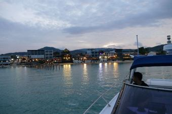 Koh Samui One Week Guide Luxury Solo Honeymoon Travel by Expat Angela-9