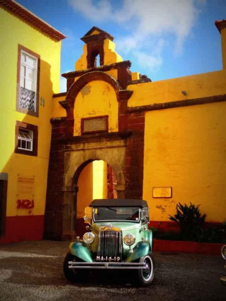 BAi360 - Things to do in Madeira - Funchal old town, Santana...