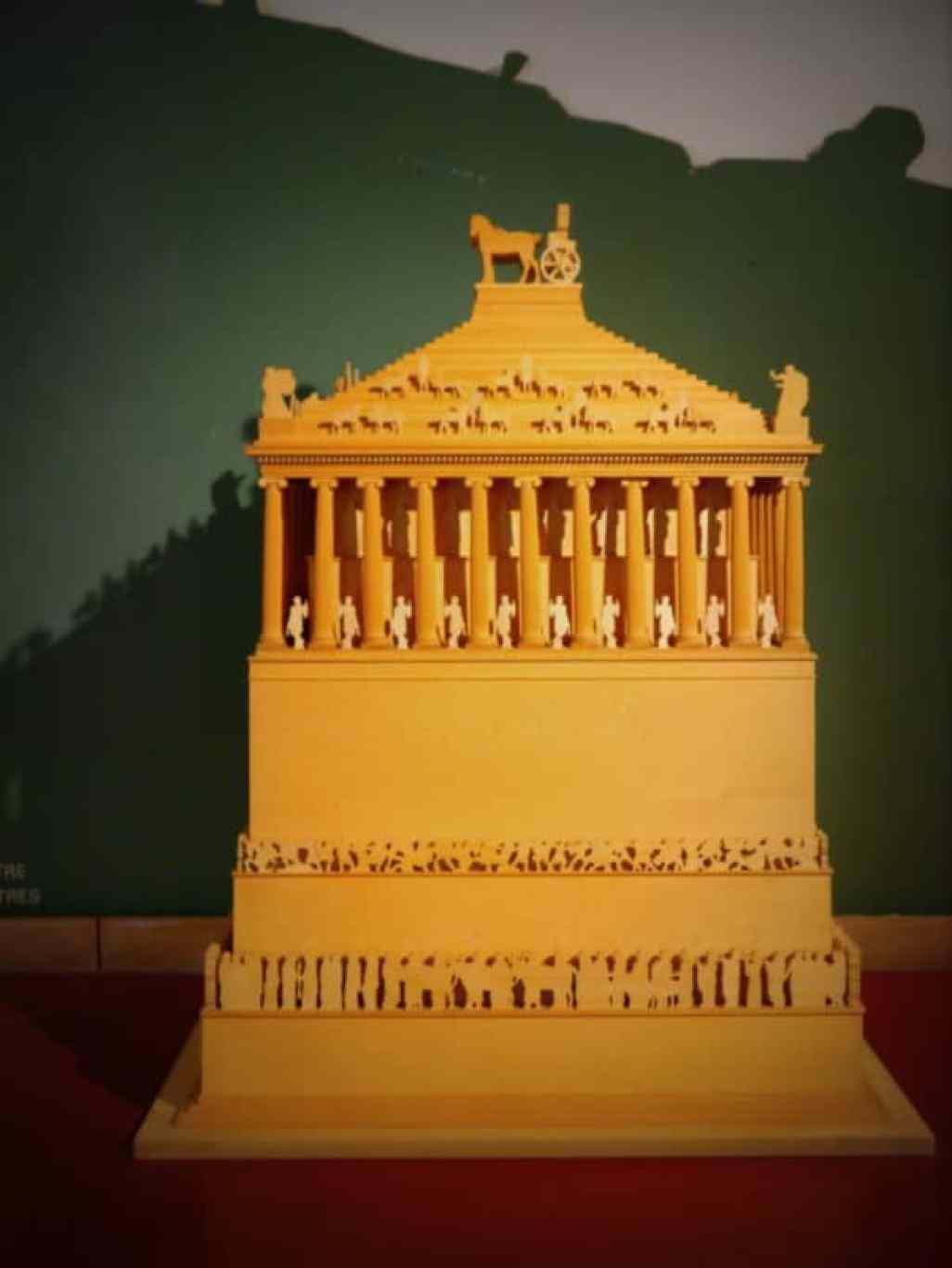 Mausoleum - www.luxurycolumnist.com